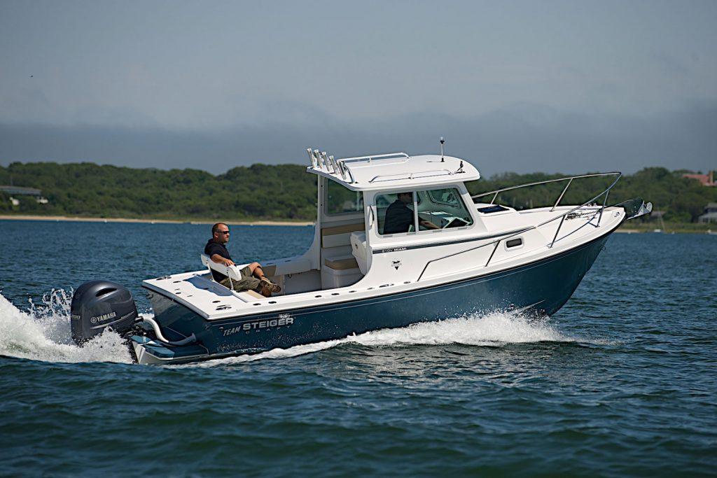 Steiger Craft 210V Miami cruising